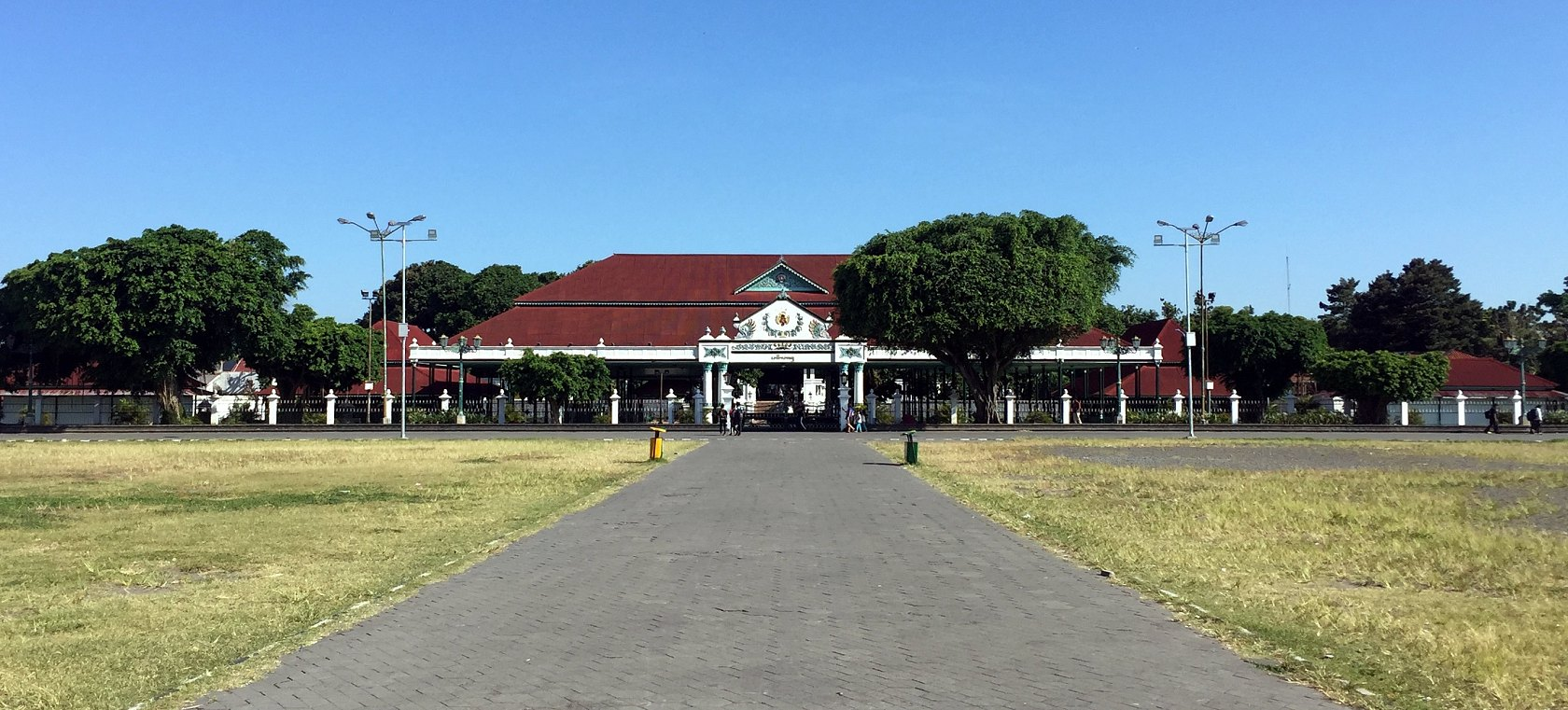 We also explored the Kraton Ngayogyakarta Hadiningrat Palace (above) and the Fort Vredeburg Museum which is a museum about the Dutch colonization and the independence of Indonesia.