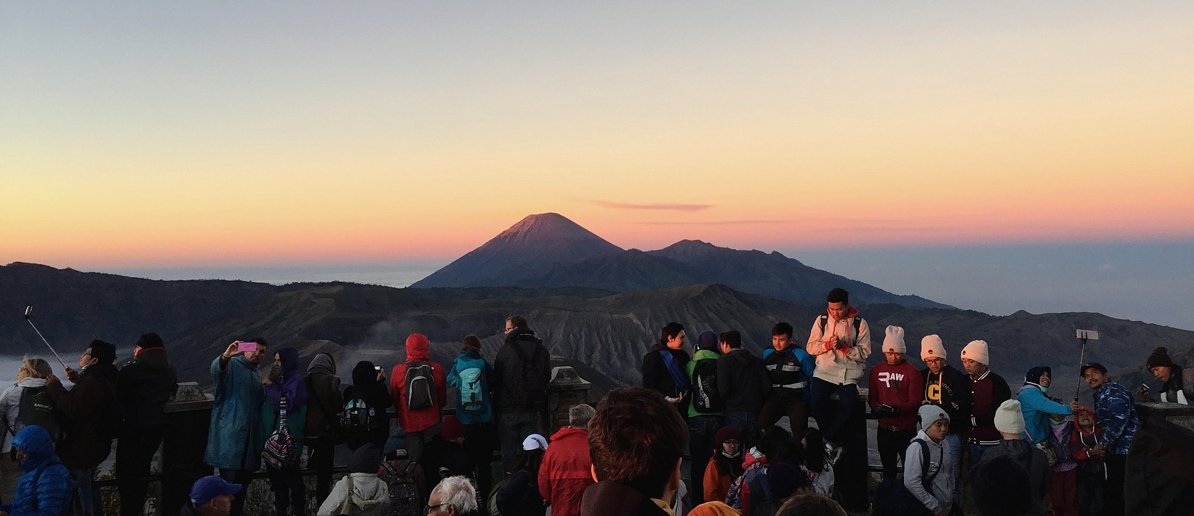 We also visited the Tengger Sand Sea and of course an active caldera. After that we explored the Savannah and the Madakaripura Waterfall. All within the Bromo Tengger Semeru National Park.